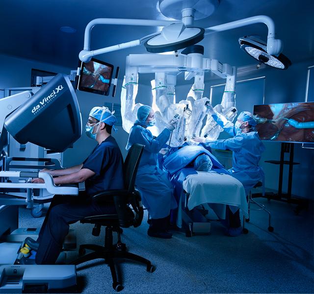 servicio de cirugía robótica en Shaio